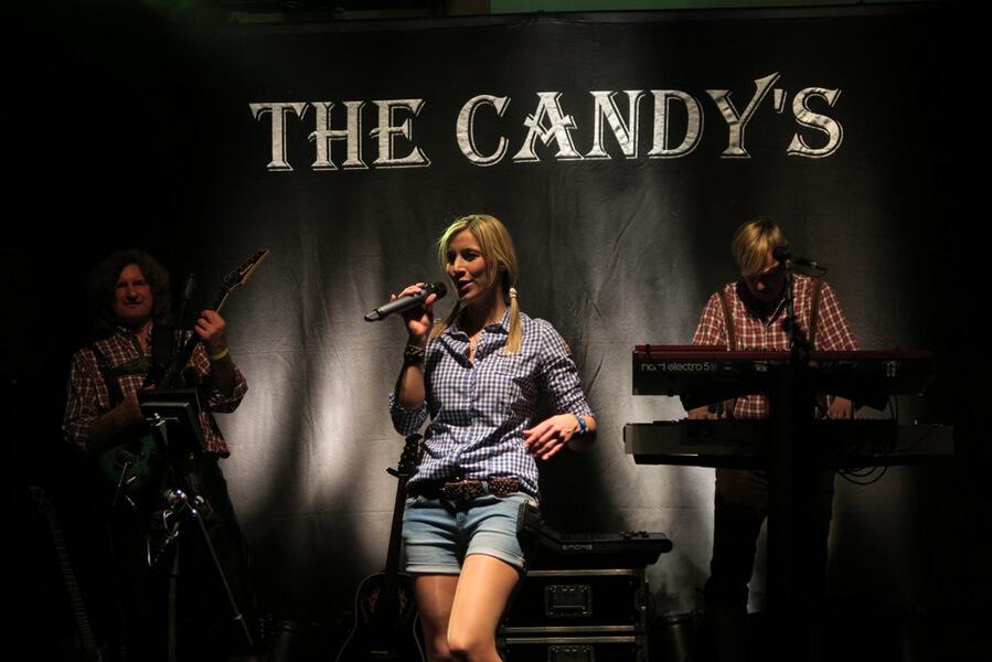 Partyband Aalen Hochzeit Geburtstag Festzelt The Candys